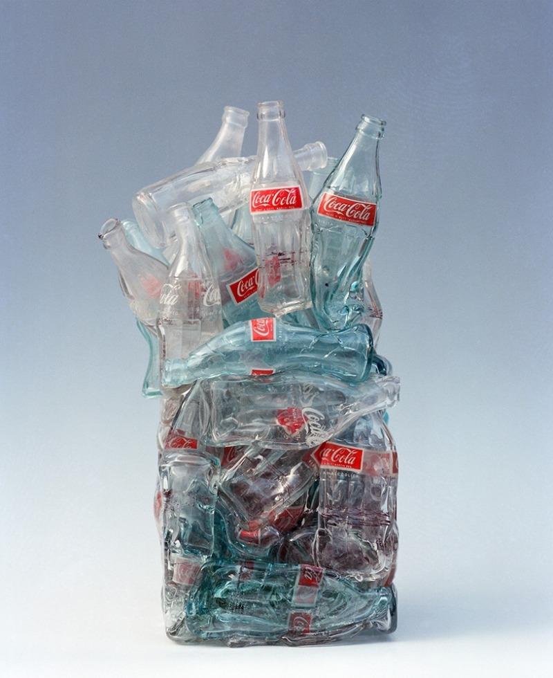 César «Compression Coca-Cola » 1992 H 37,0 cm ; L 23,0 cm ; P 24,0 cm Venise, Courtesy Berengo Studio 1989 ©Oliver Haas /ADAGP, Paris 2013