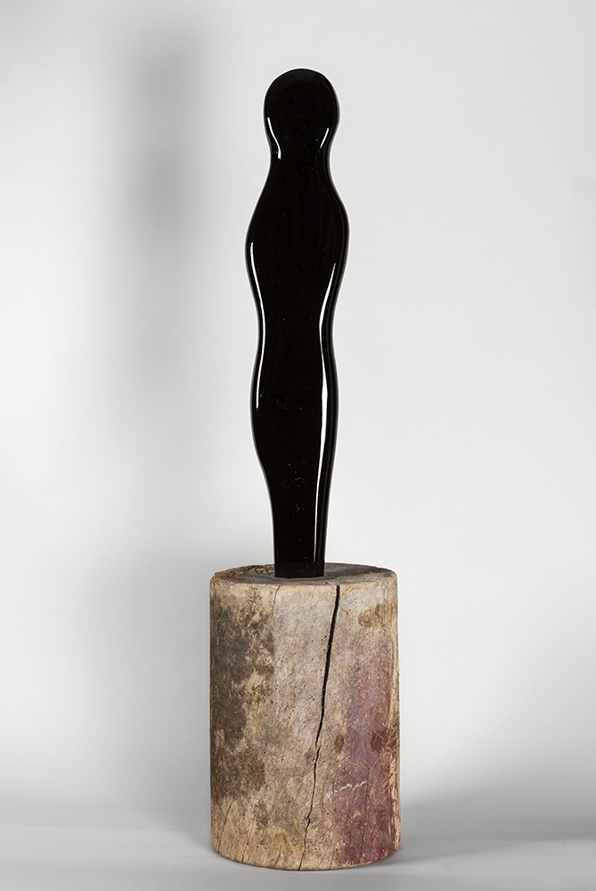 « Figure », 1964, H 81 ; L 23 cm Collection Taevernier, Courtesy de la galerie le Minotaure ©DR/ADAGP, Paris 2013