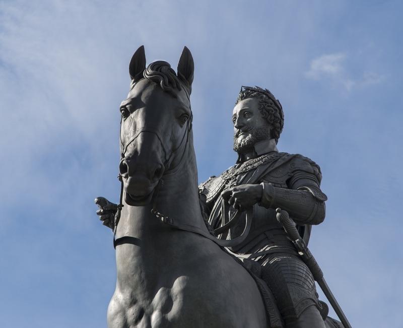 Statue équestre d'Henri IV sur le Pont-Neuf